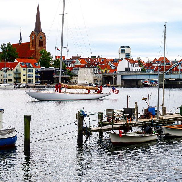 The classical way of travel - yachting is a great one #visitdenmark #yachtlife #visitsønderjylland #dybbølmølle #sønderborg #travelblogger #TheTravelInspector