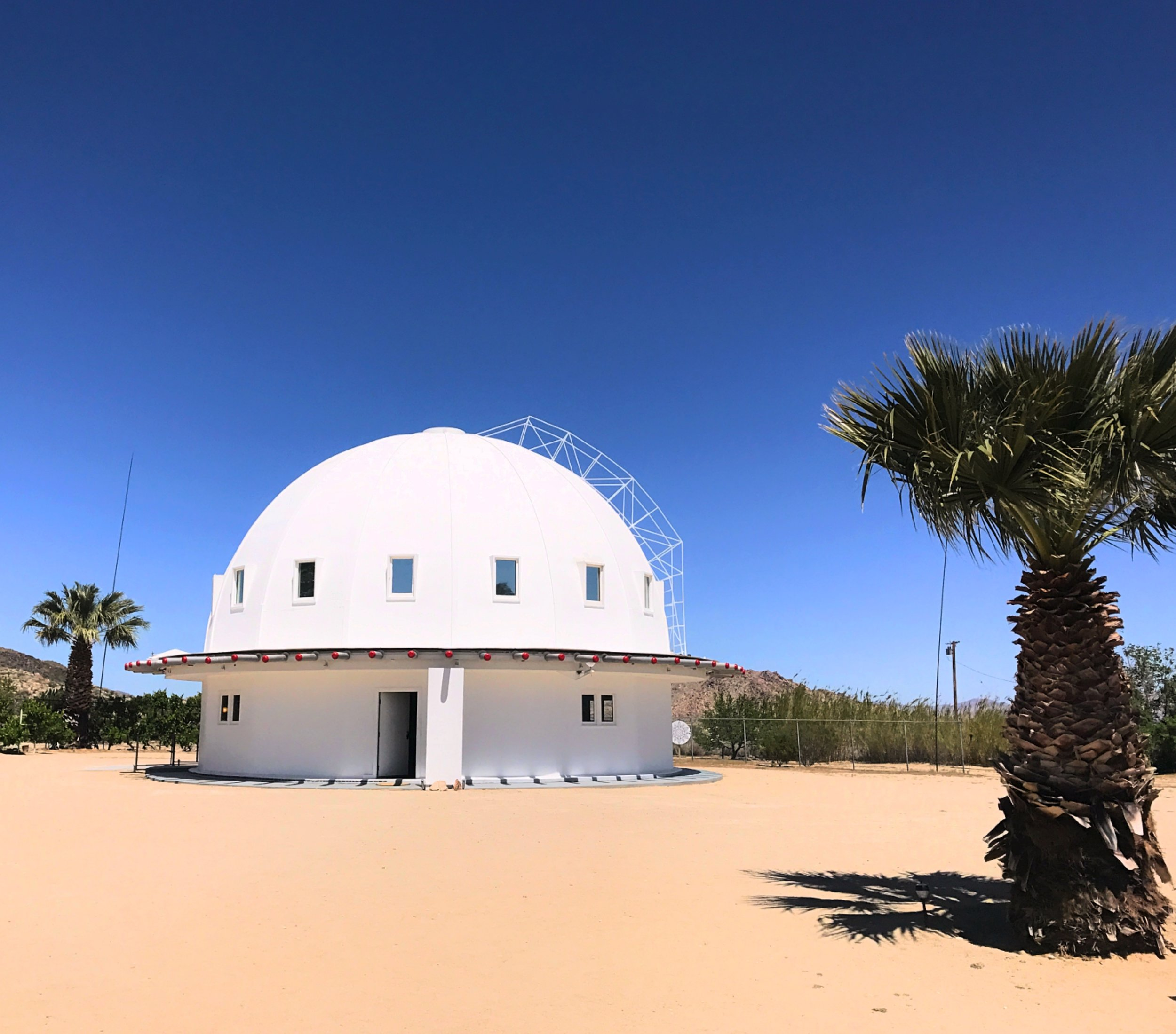 The magic structure of The Integratron