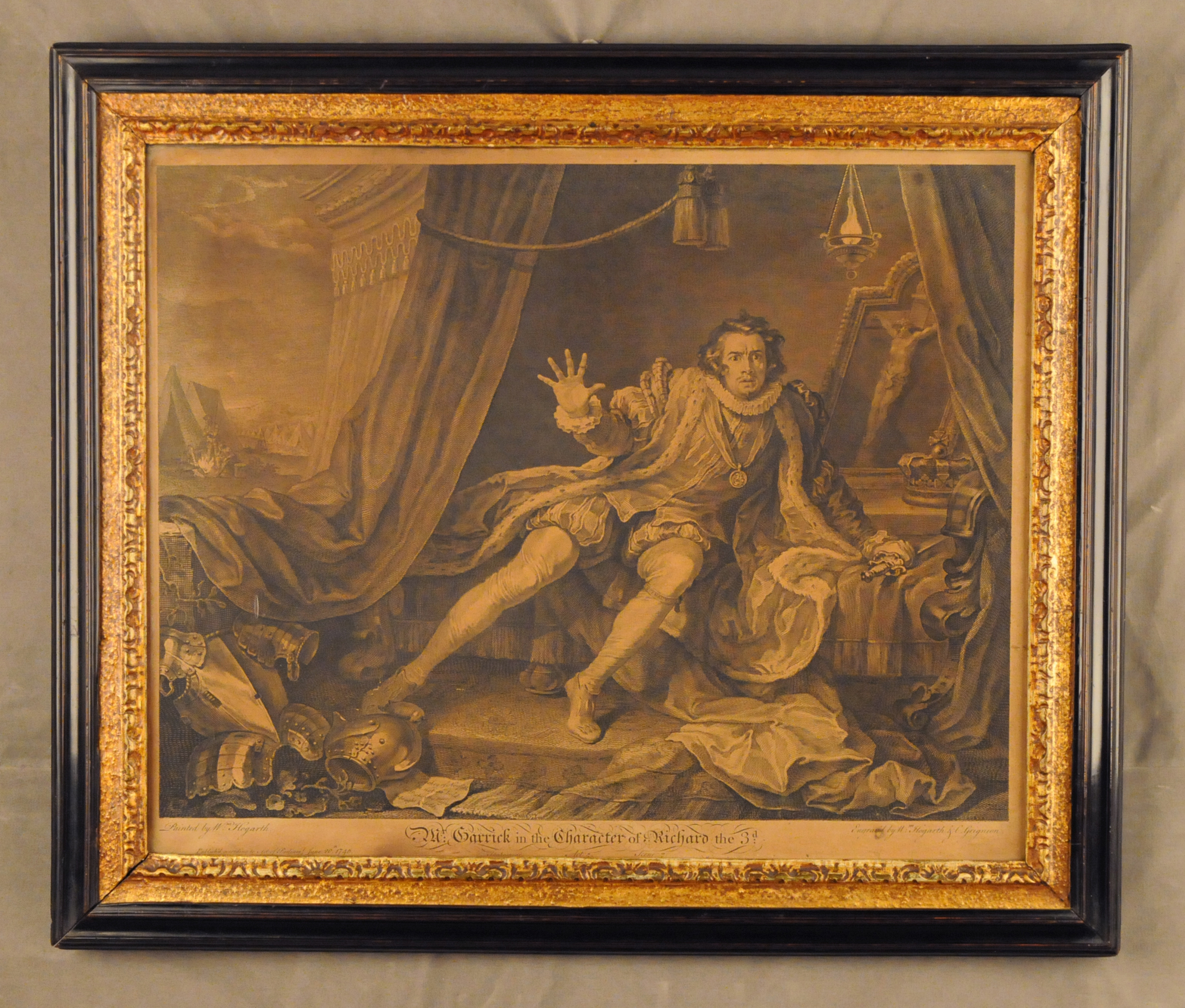 Hogarth Print - Mr Garrick in the Character of Richard the 3d, 1746 - Engraved by William Hogarth & C. Grignion in original Peartree frame with carved and gilded slip - Andrew Edmunds London