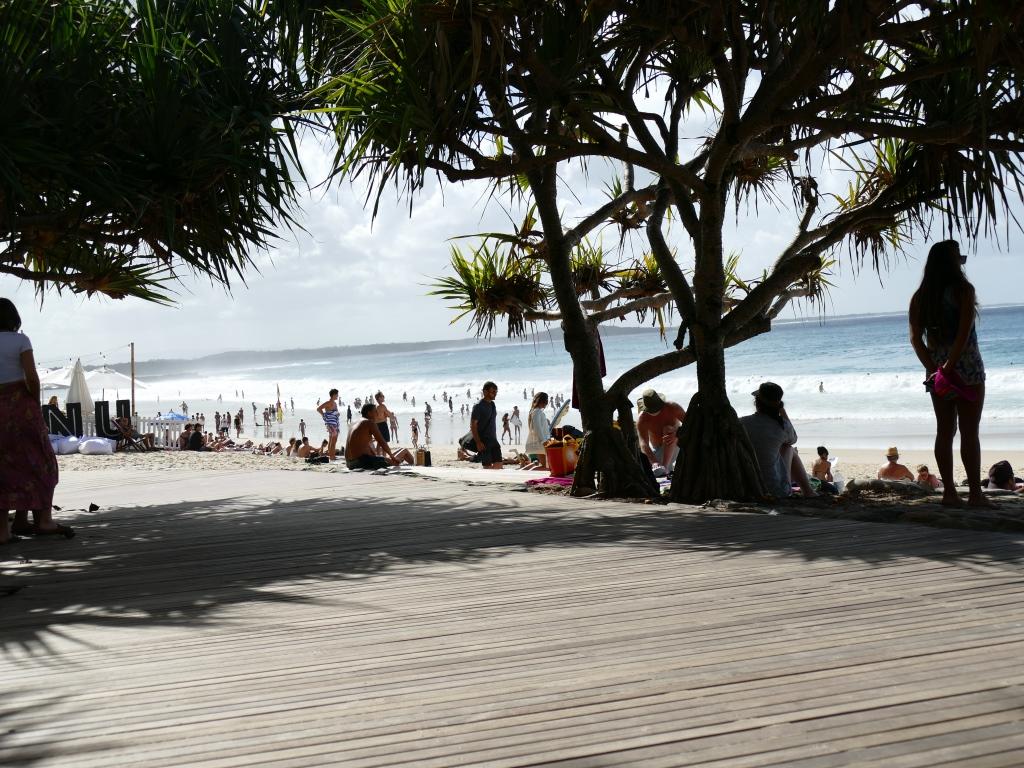 フェスが行われているヌーサメインビーチ