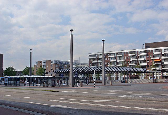 Busstation Wageningen. Foto:  kaʁstn   Disk - Cat