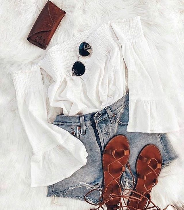 Summer Uniform....The 'Vivienne Off The Shoulder Top' 🍋 Via #bbdakota