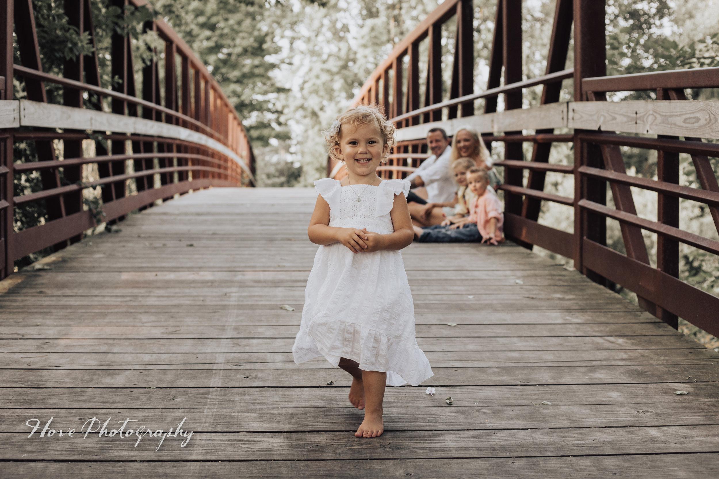 Green Isle Park: Family Photo Session