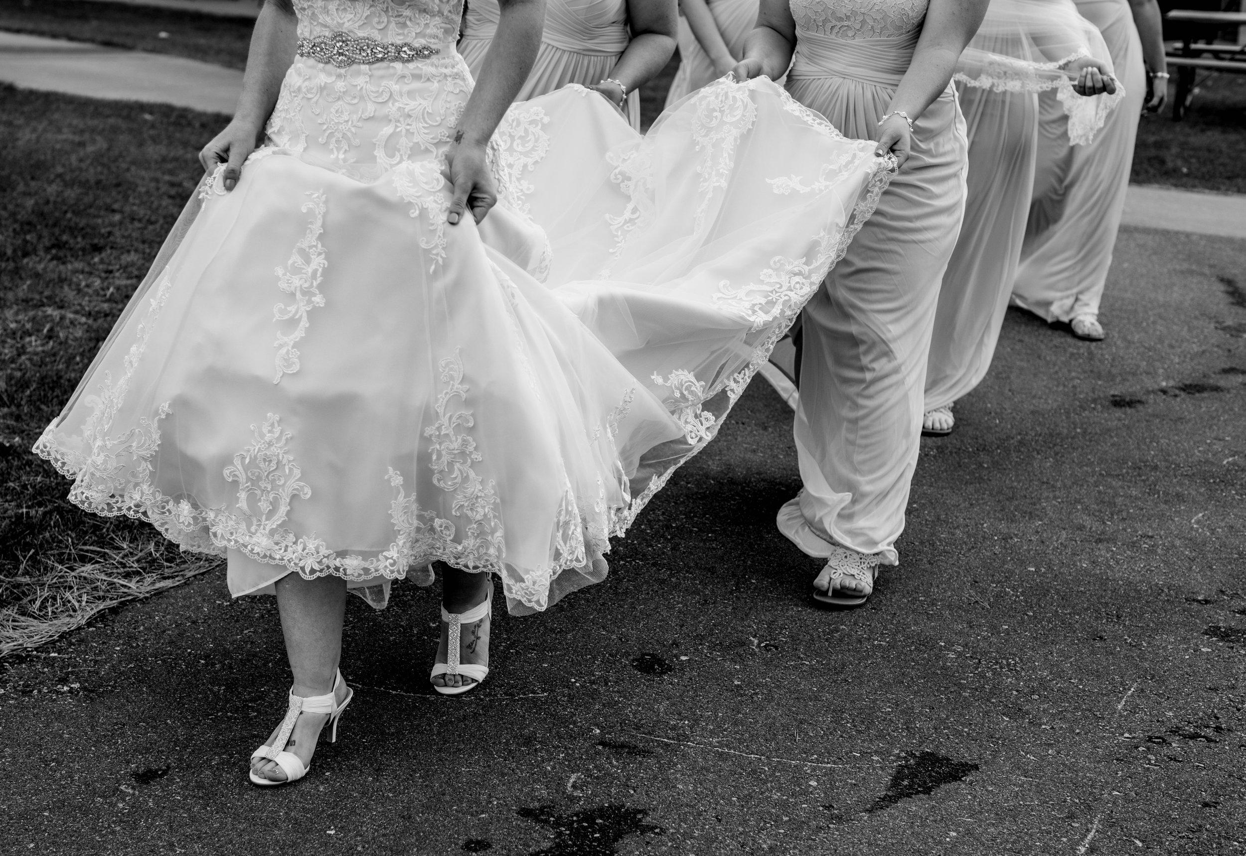 Getting Ready: Hove Photography LLC - Destination Wedding Photographer