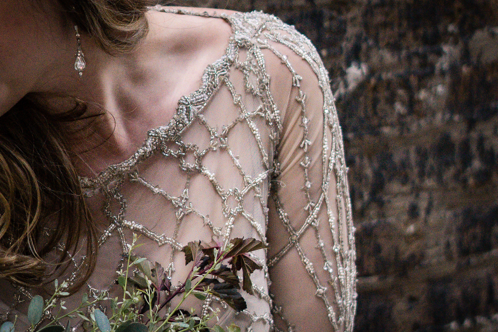 Chicago IL - Gown By Gwendolynne - Florals by Cora Flora - Photography by Jamie Kempen Photography