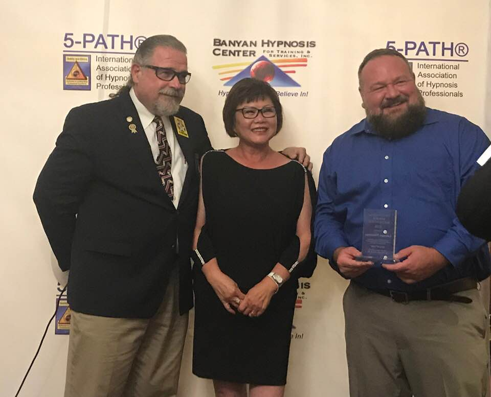 Congratulations Lawrence Winnerman! Lawrence was awarded the 5-PATH Outstanding Member award for 2019! Lawrence runs Twin Pines Hypnosis in Ballard, WA. -