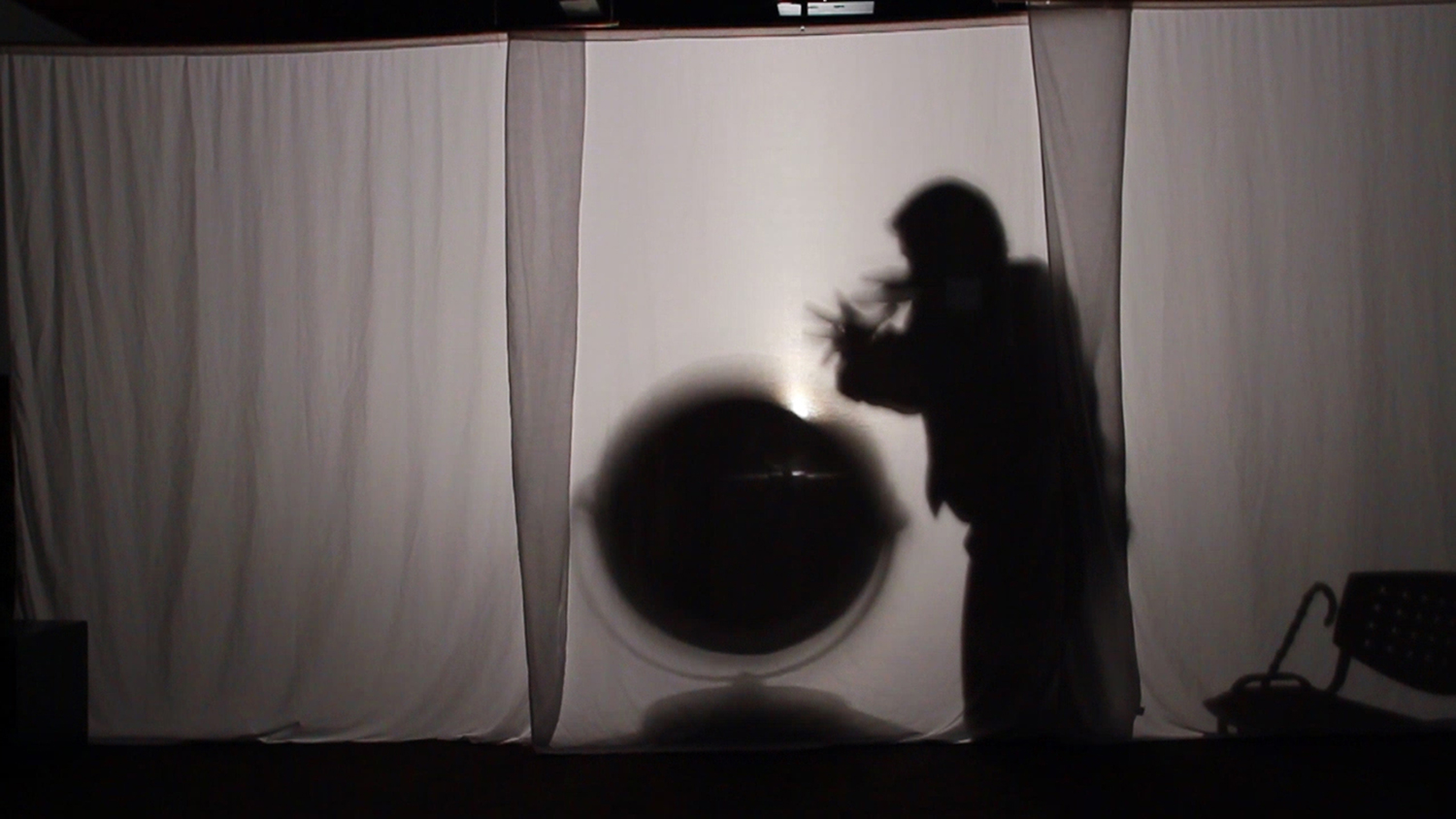 © Isabelle Pauwels,  LIKE…/AND,LIKE/YOU KNOW/TOTALLY/RIGHT (2012). Video still.