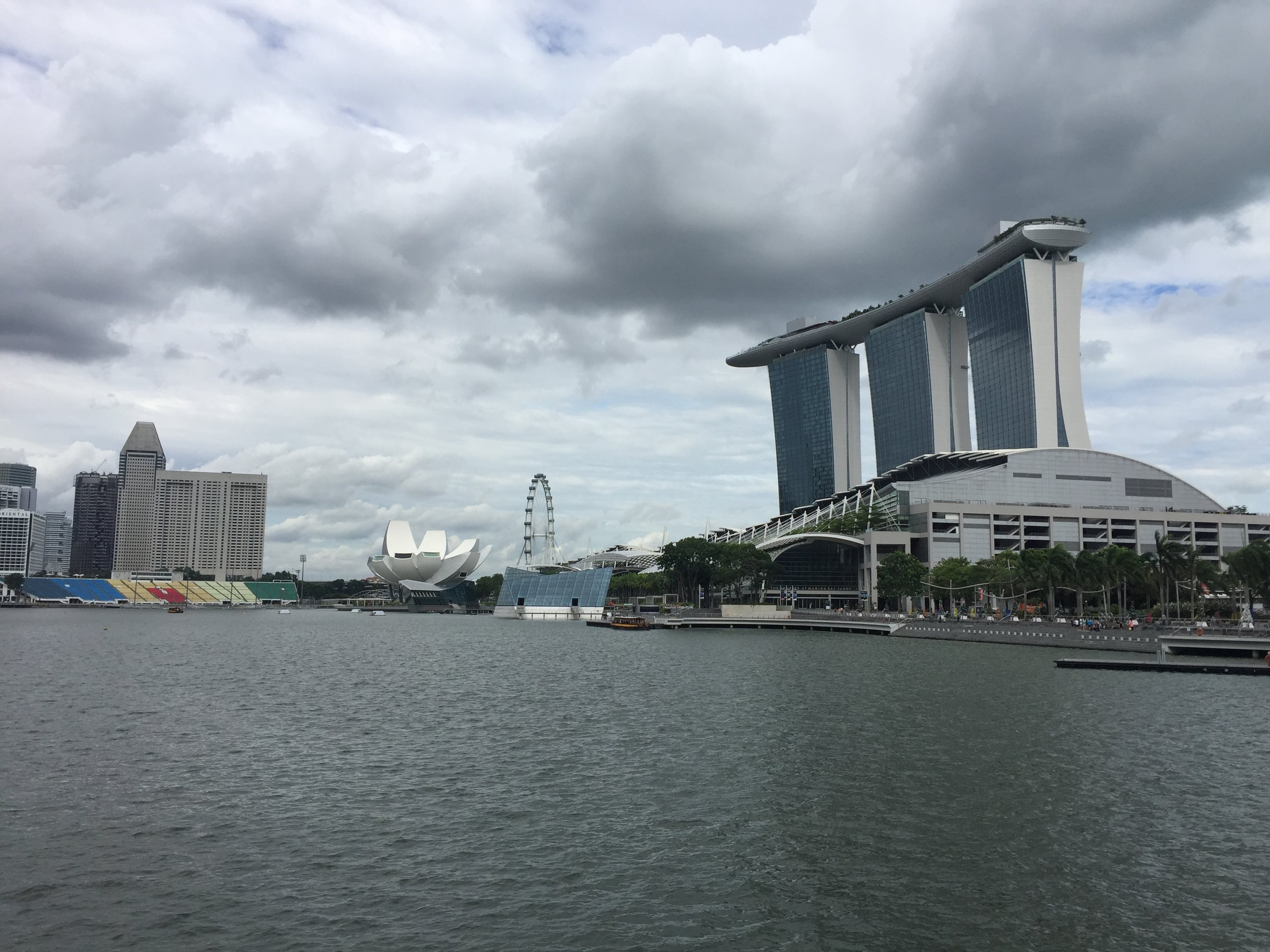 The Marina Bay Sands building and observation deck.