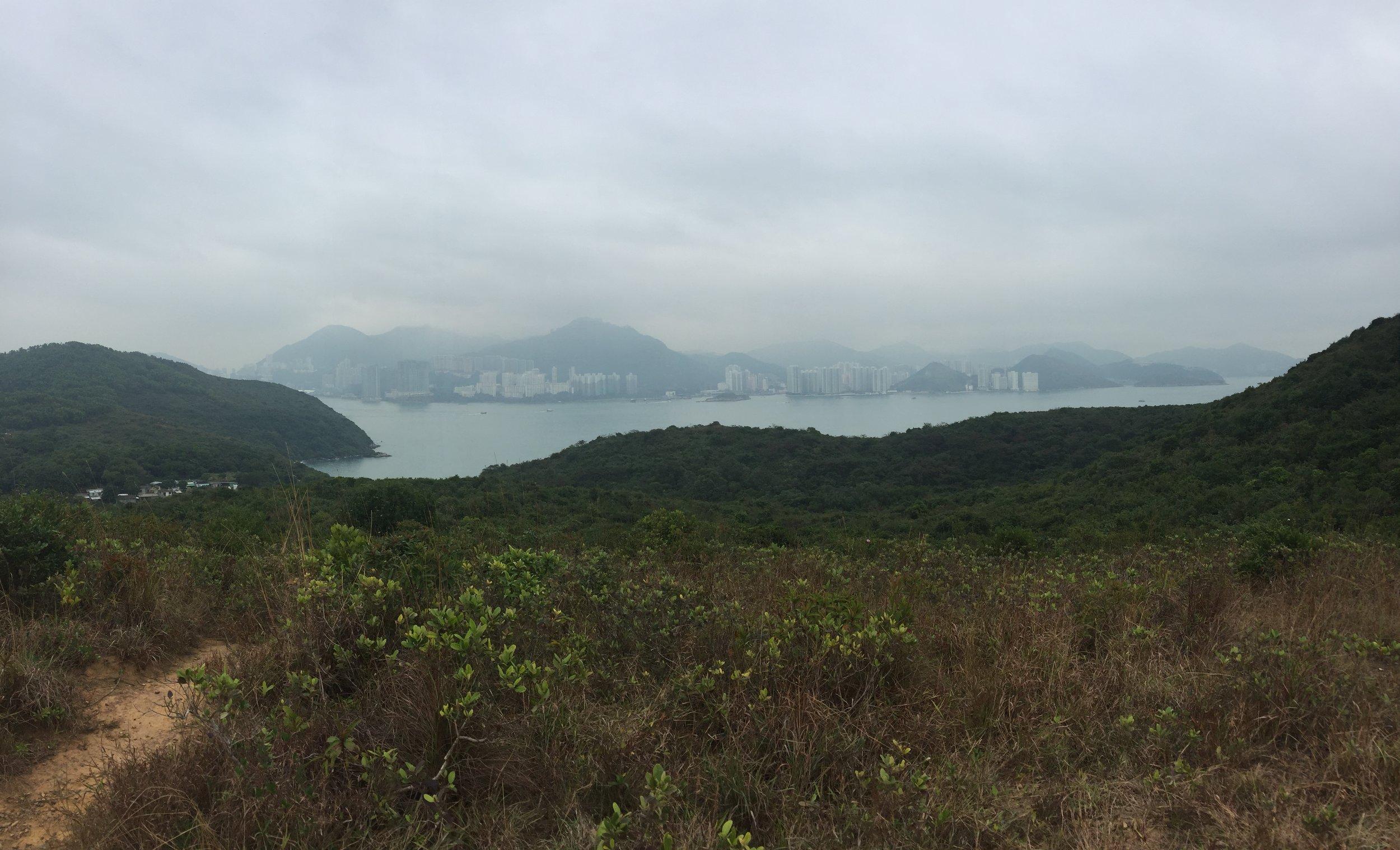 Dragon's Back ridge hiking views.