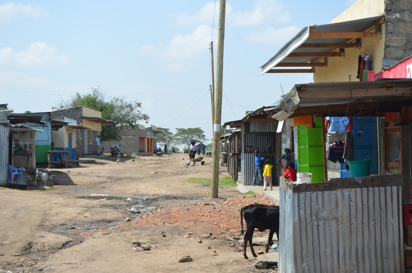 One of many small towns we pass through on our way into the Mara.