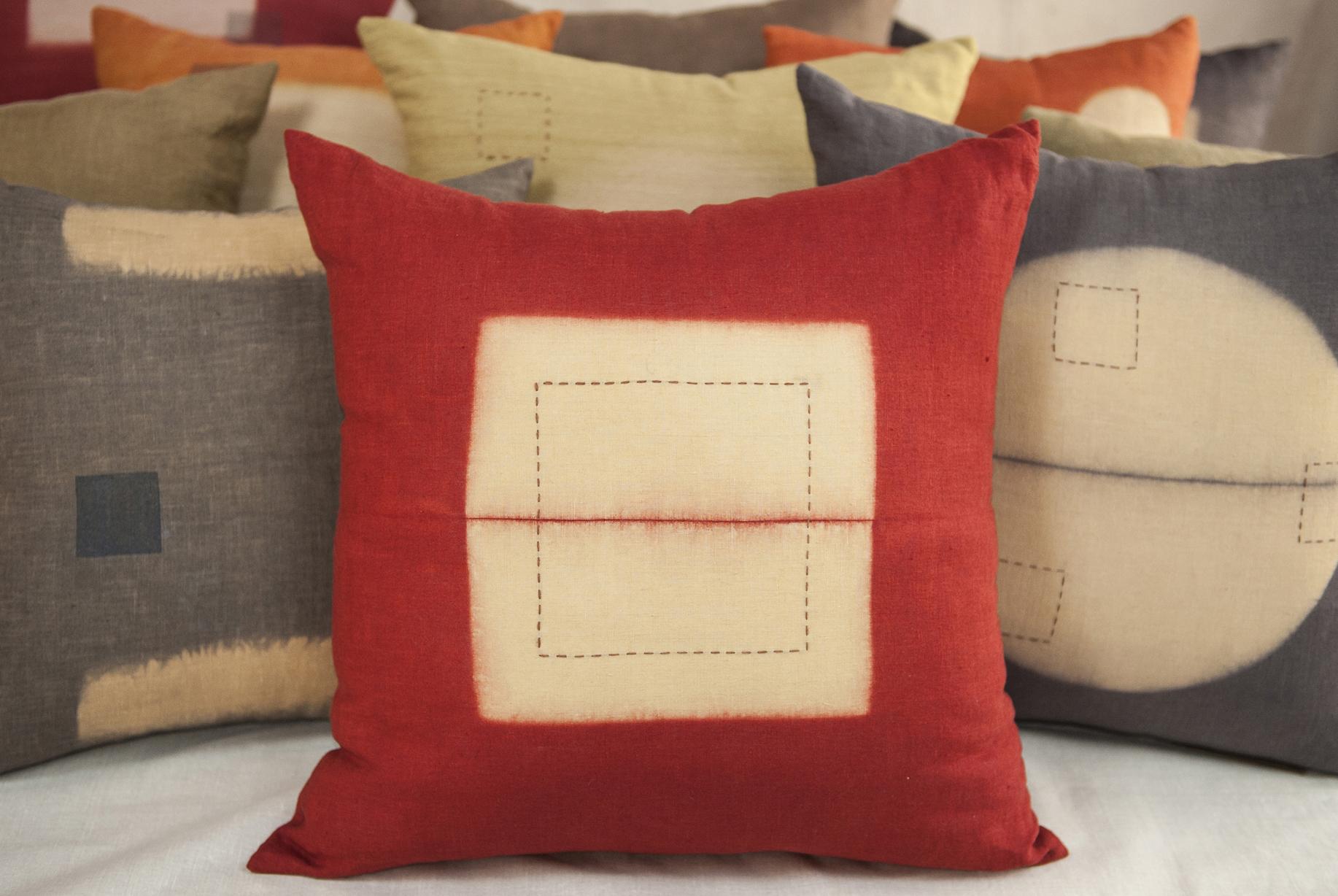 red pillow GW.jpg