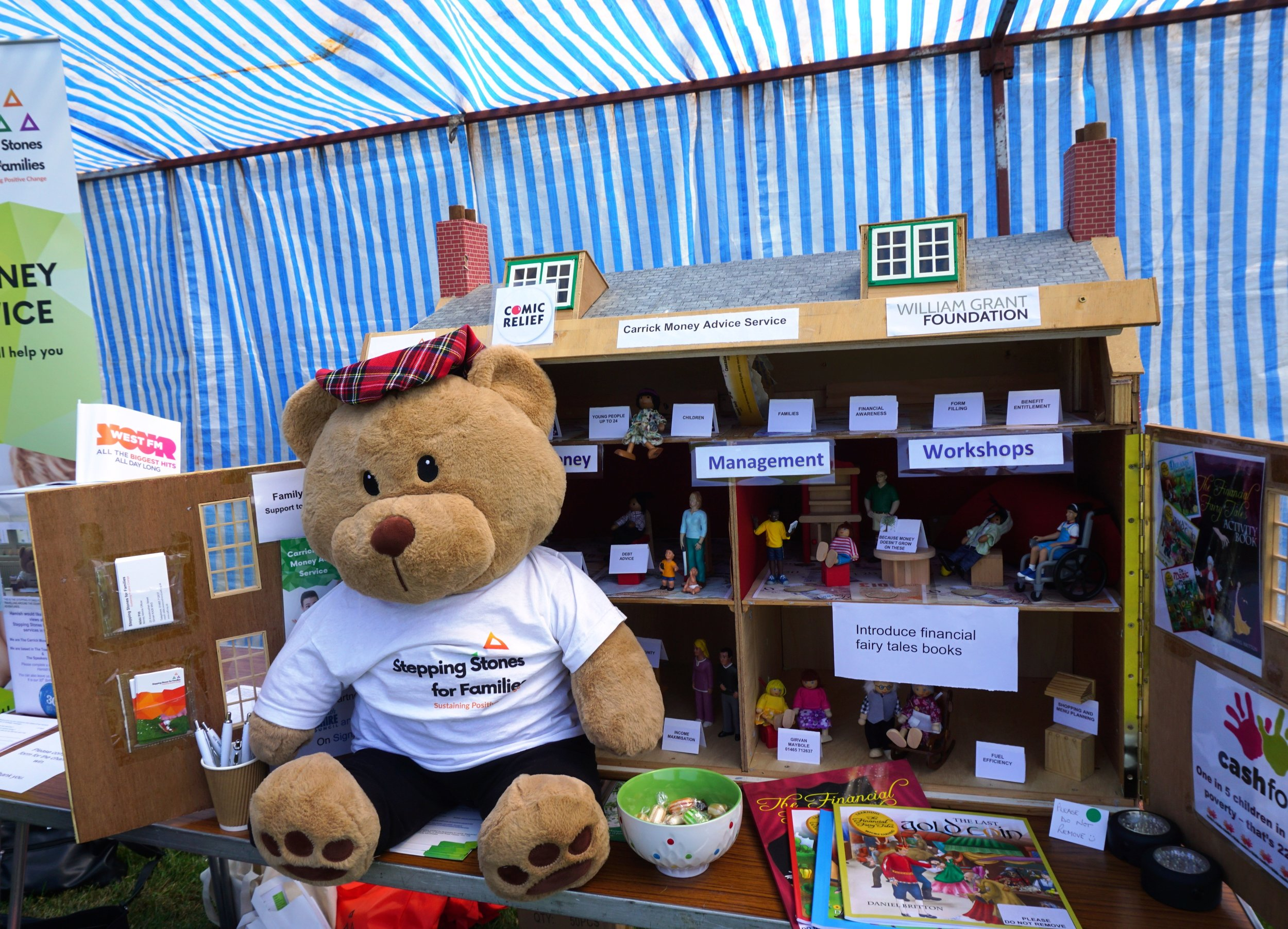 Hamish on the CMAS Stall with the Stepping Stones for Families House