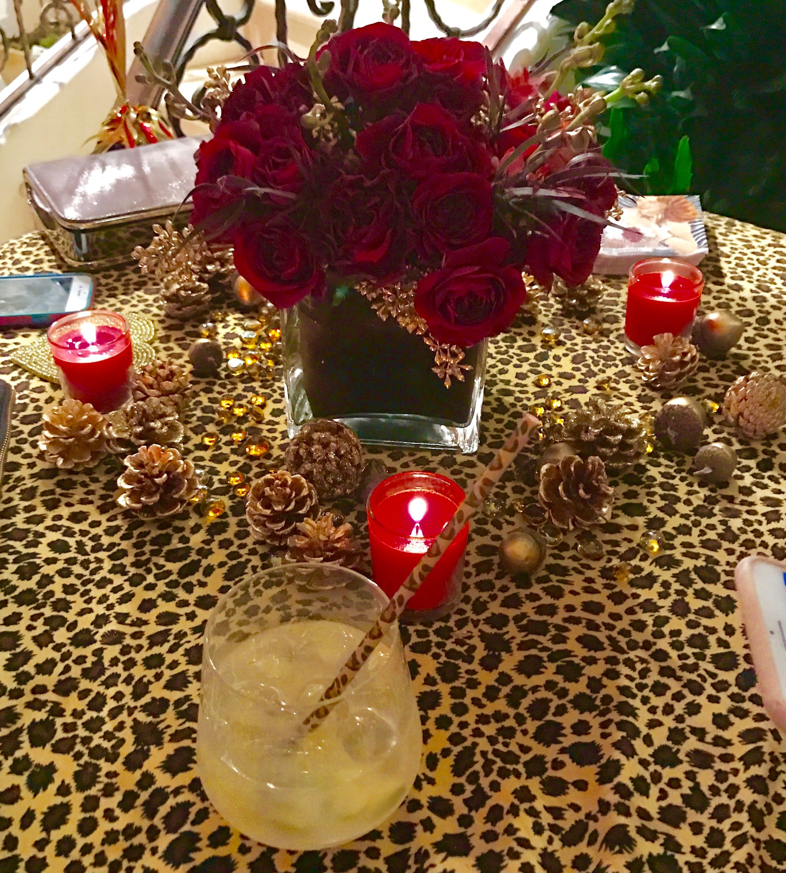 Tables are beautifully Christmas 🎄 and leopard decoration!!!