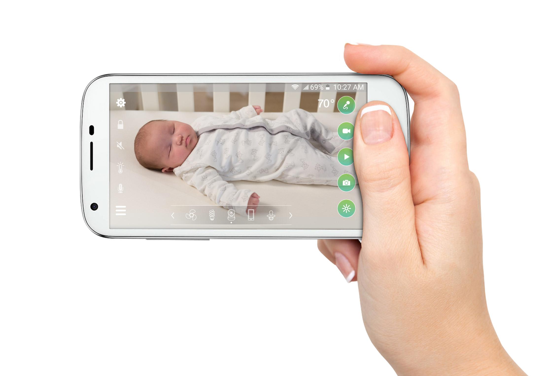 phone-hand-horizontal1-.jpg