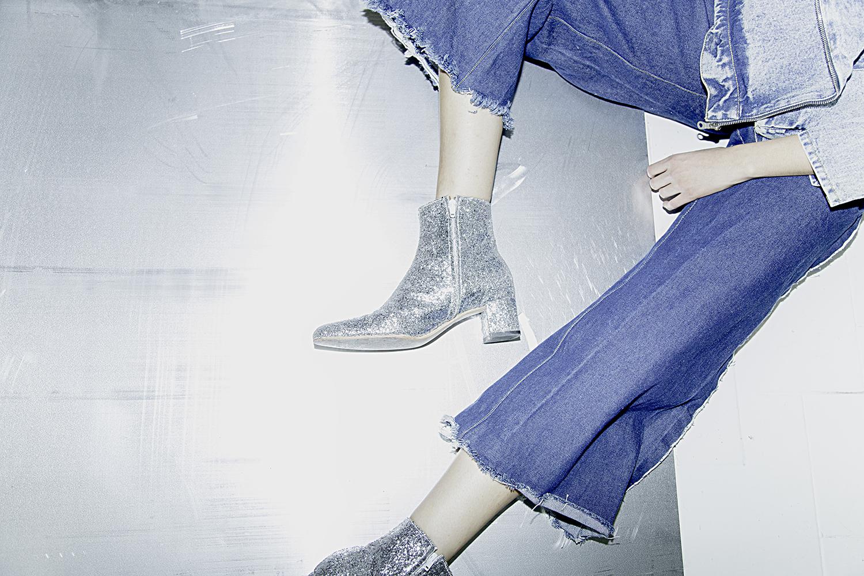 Chaqueta y Jeans: Denim Blues | Camisa: Wrangler | Botas: Goodbye Folk