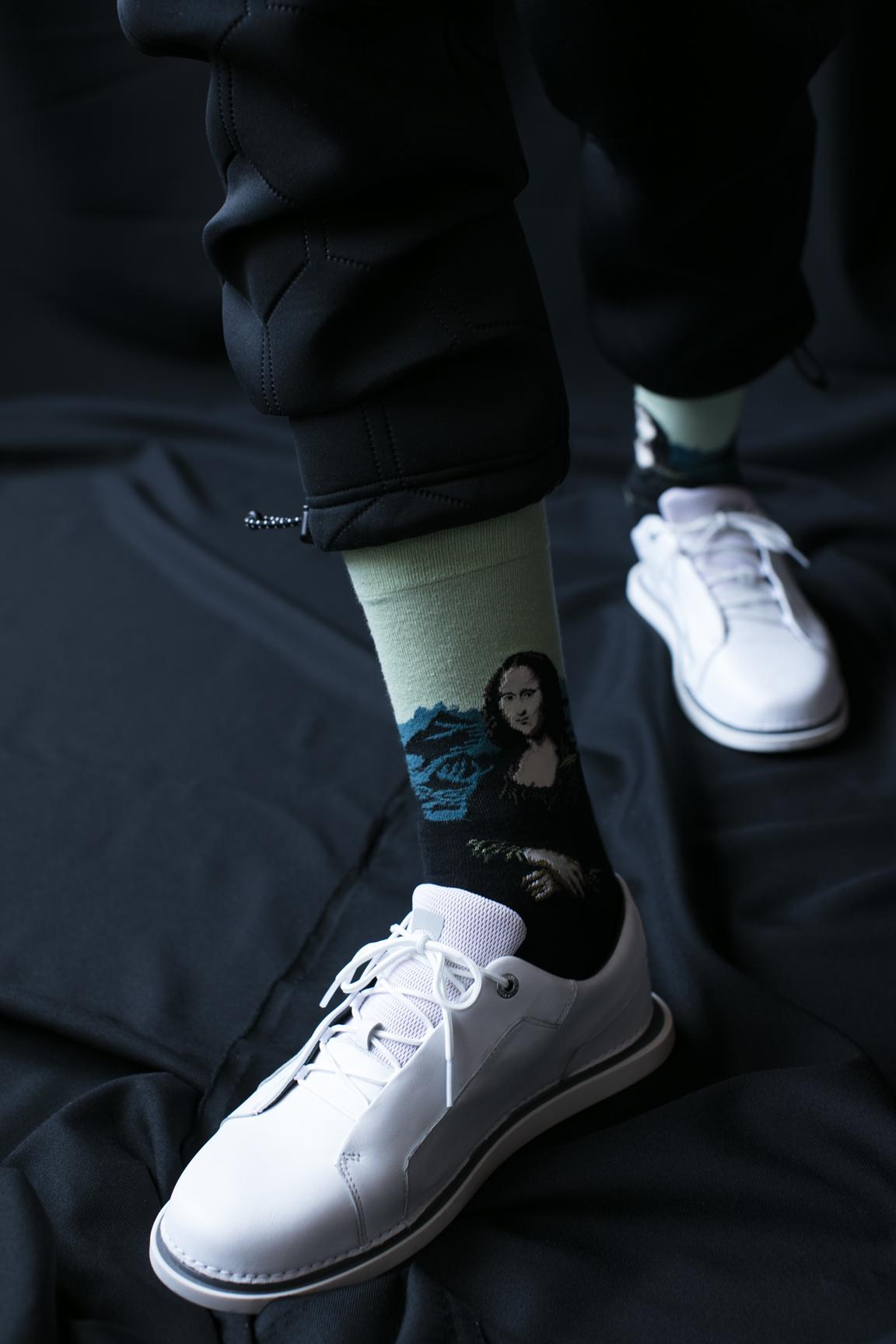 Pantalón:  Adidas , zapatos:  Camper .