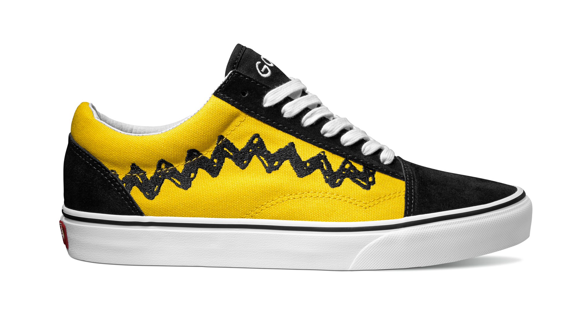 UCL_ Old Skool_Peanuts_ Charlie Brown-black_VN0A38G1OHJ.jpg