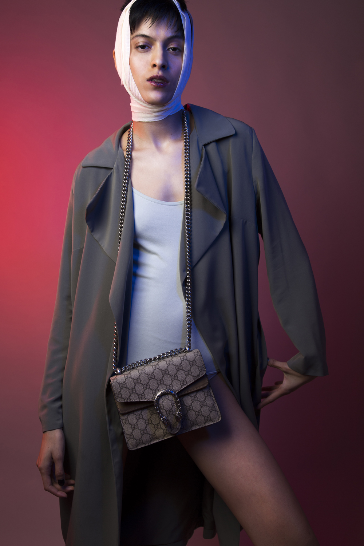 TODO EL LOOK DE  H&M , BOLSA  GUCCI .
