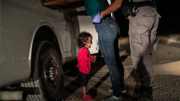 Girl On The Border, John Moore. Cortesía World Press Photo.