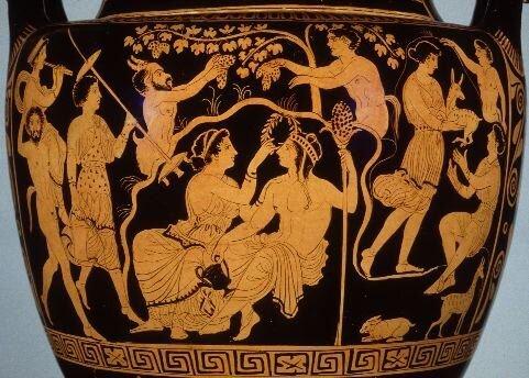 Vasija fondo negro con Dionisios y las ménades y bacantes, siglo V a. C.