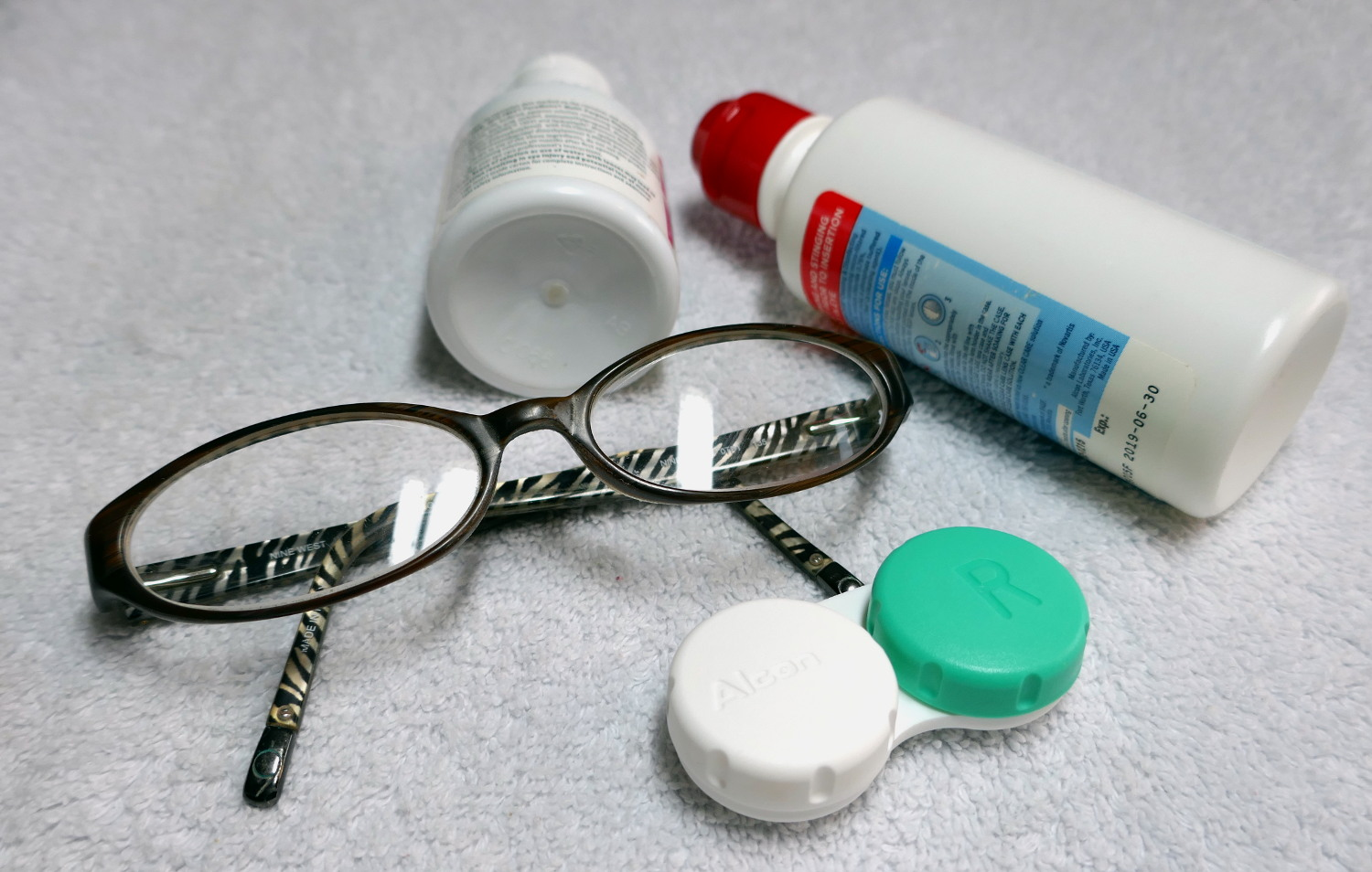 I wear contact lenses, but my 'emergency' pair of glasses have saved the day! Like when I ran out of disinfecting solution or when the  dry sandy dessert of Egypt  were just too much for my eyes!