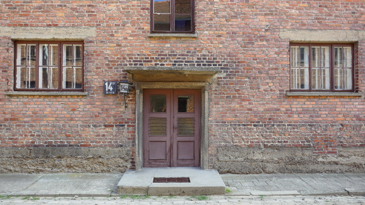 City Guide to Krakow, Poland: Part 3 | Visiting Auschwitz Concentration Camps & A Photo Essay -