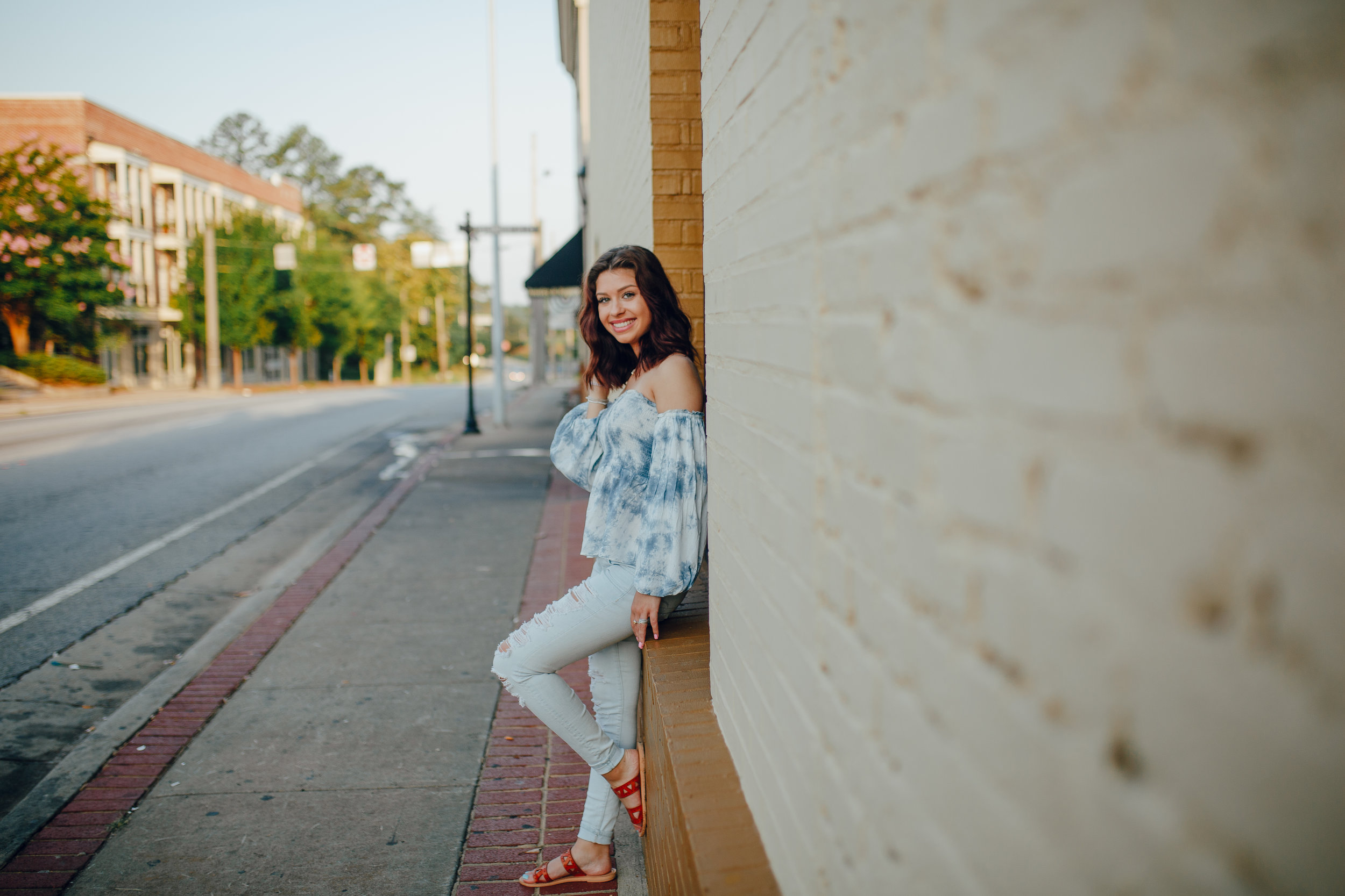 Senior Session in Downtown lawrenceville. Georgia Senior Portrait Photographer