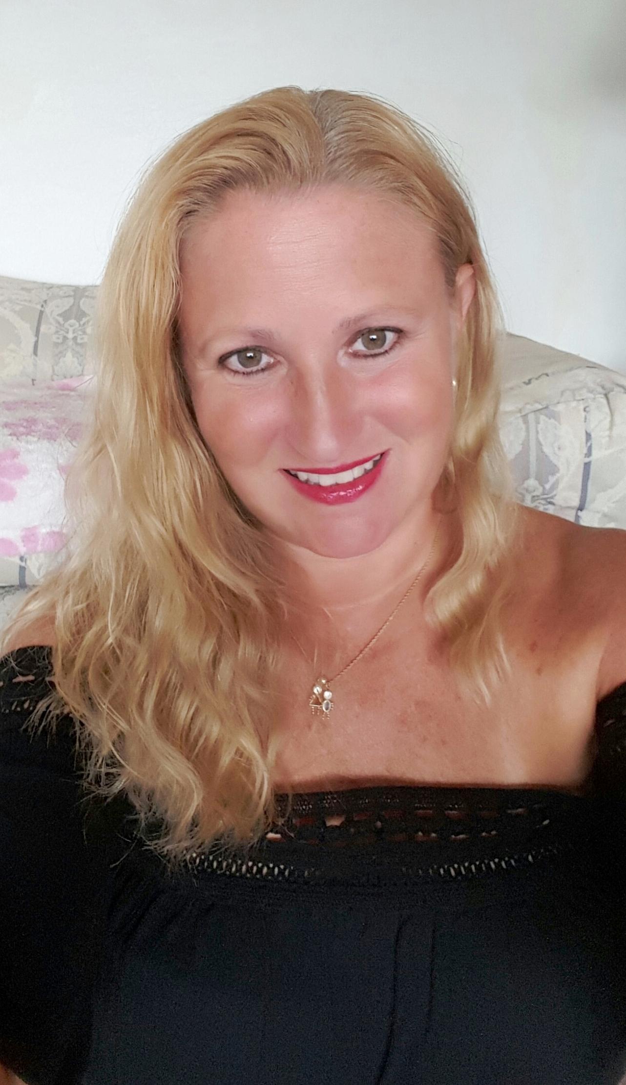 The artist, Jill Hardiman