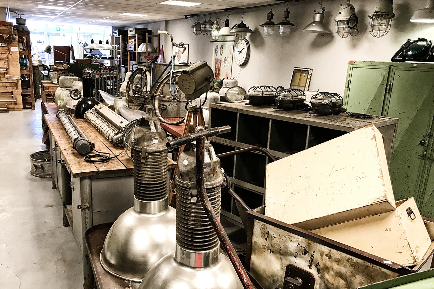 office_making_09.jpg