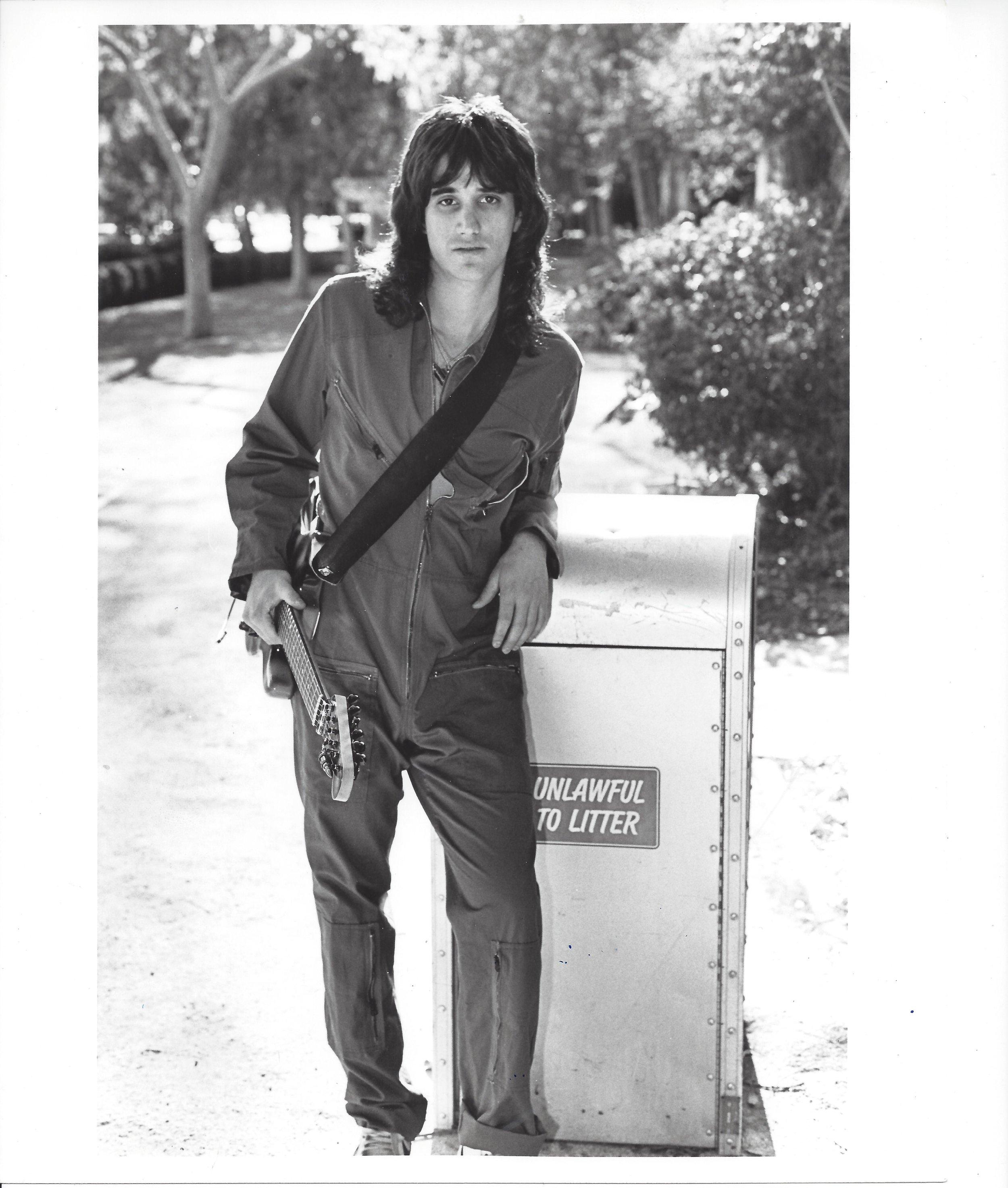 1984_New gun in town.jpg