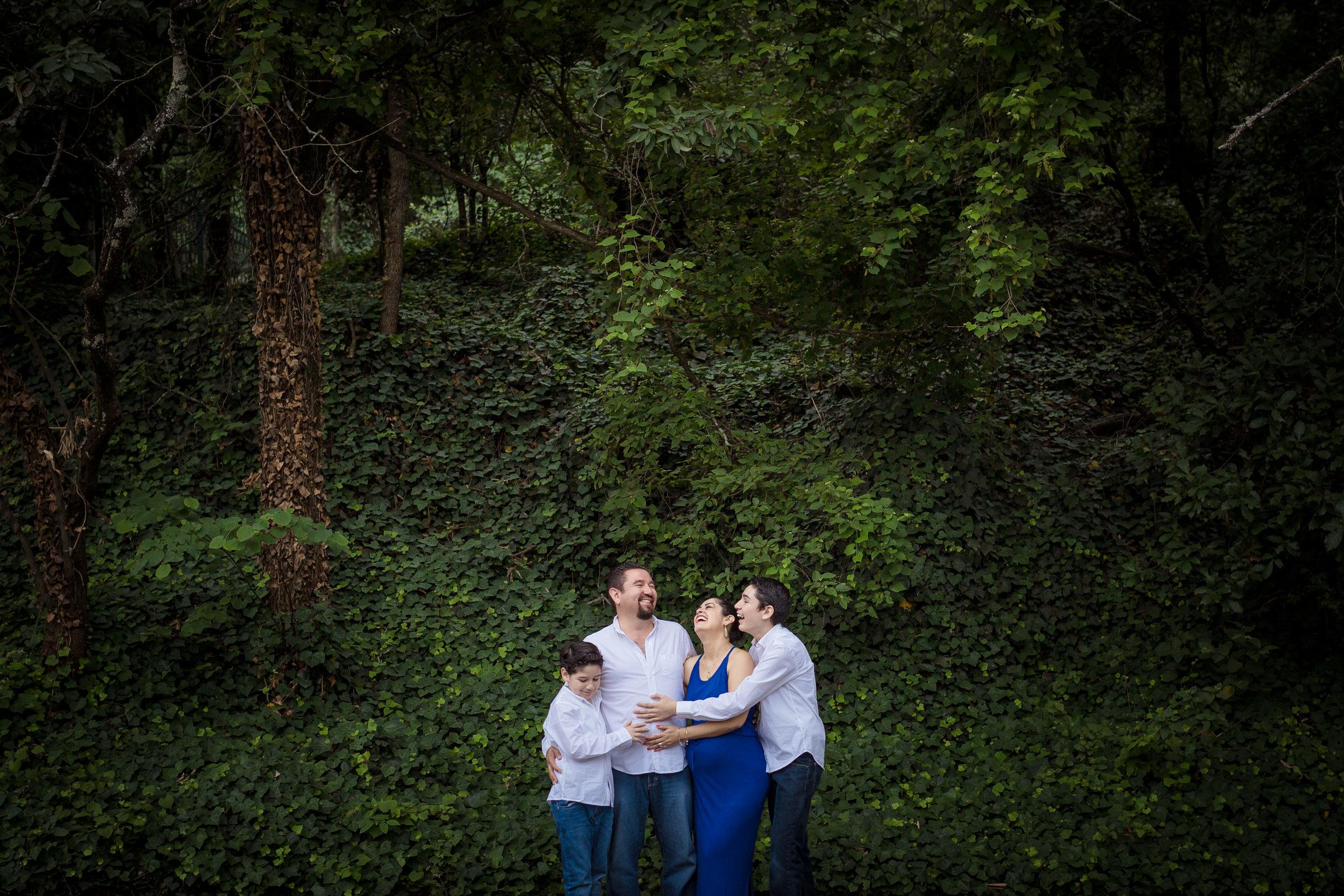 Laura&Family-090.JPG