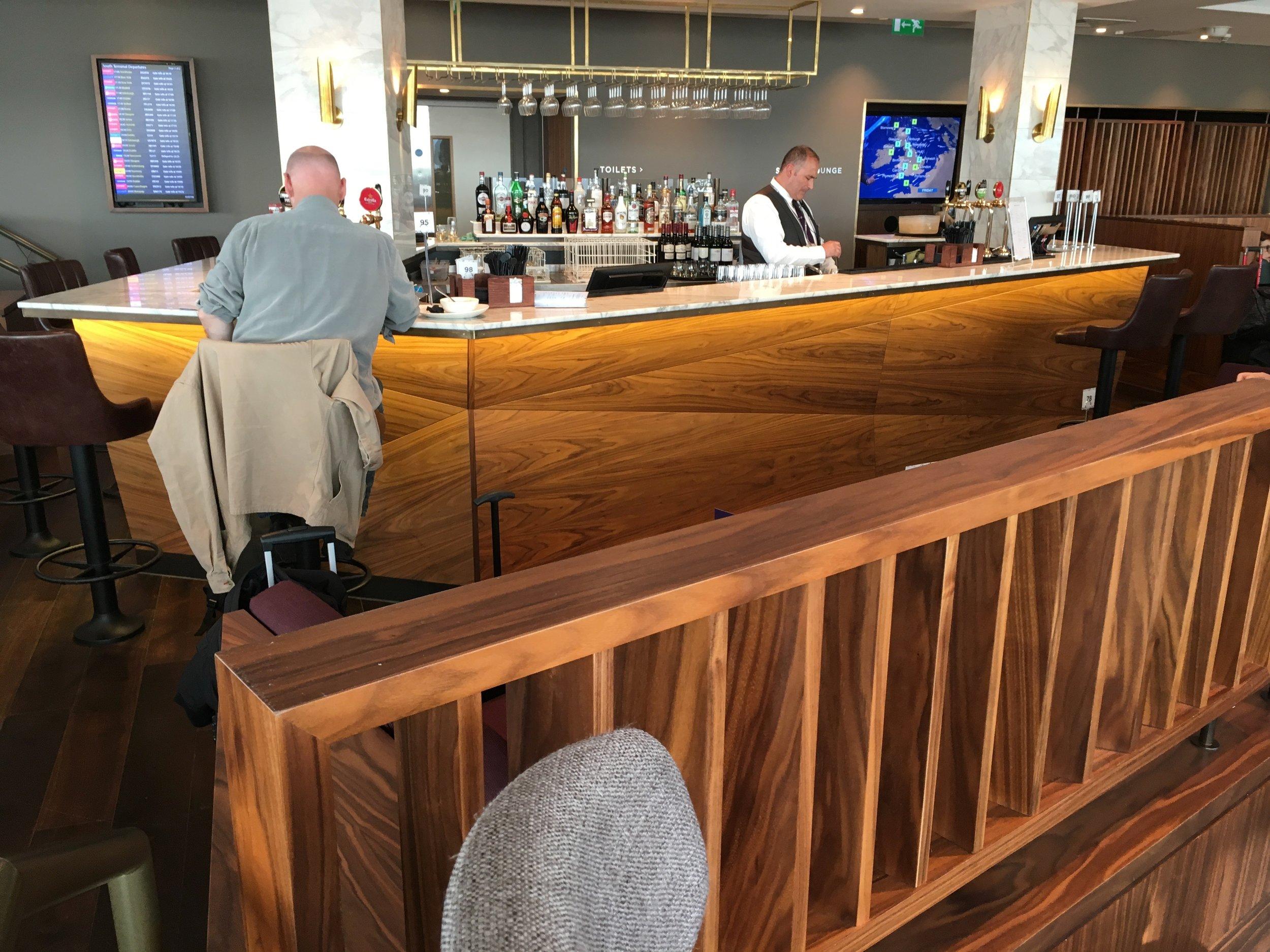 Staffed full-service bar