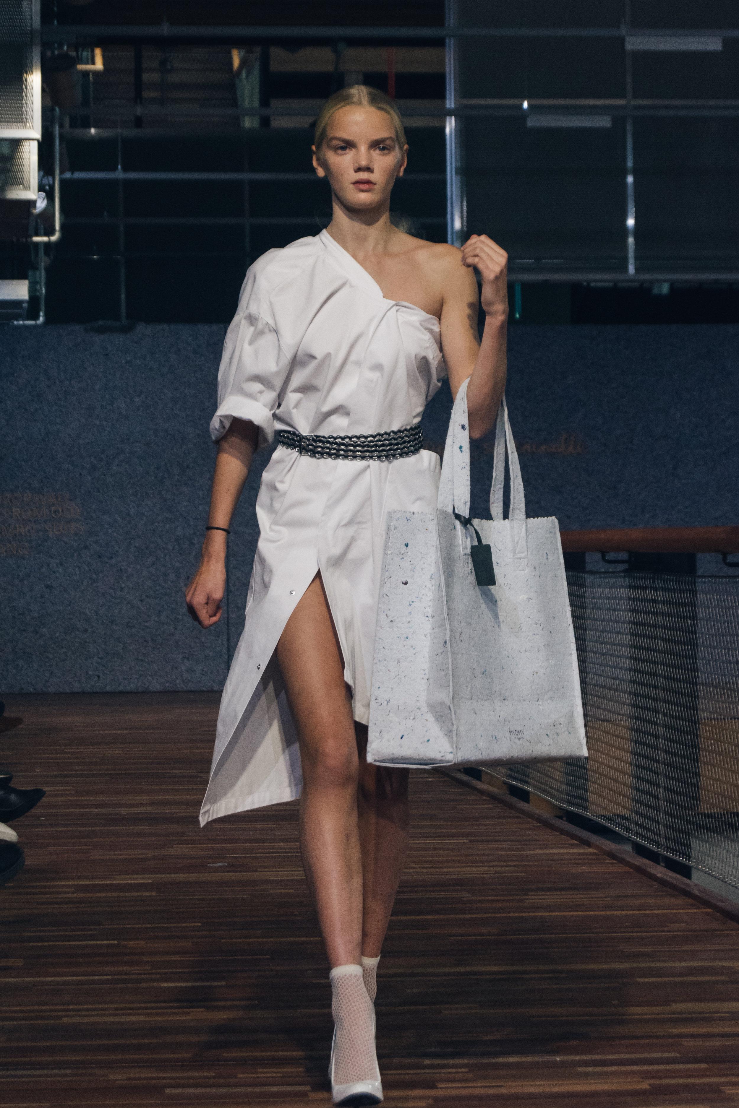 Chantal van den Broek, Dutch Sustainable Fashion Week 2017 (38).jpg