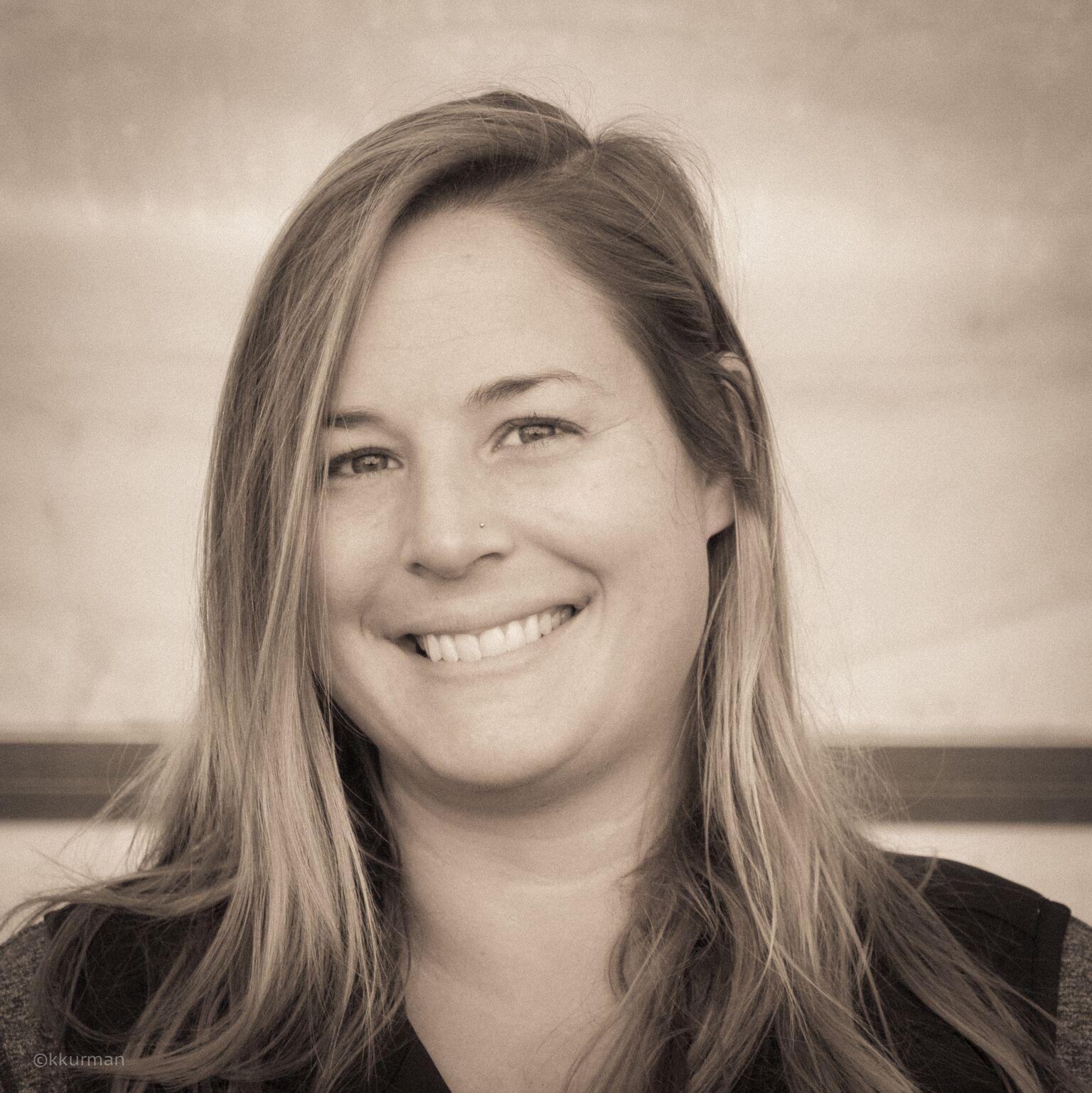 LAURA HALE  / NURSERY MANAGER /  laura@vineyardgardens.net