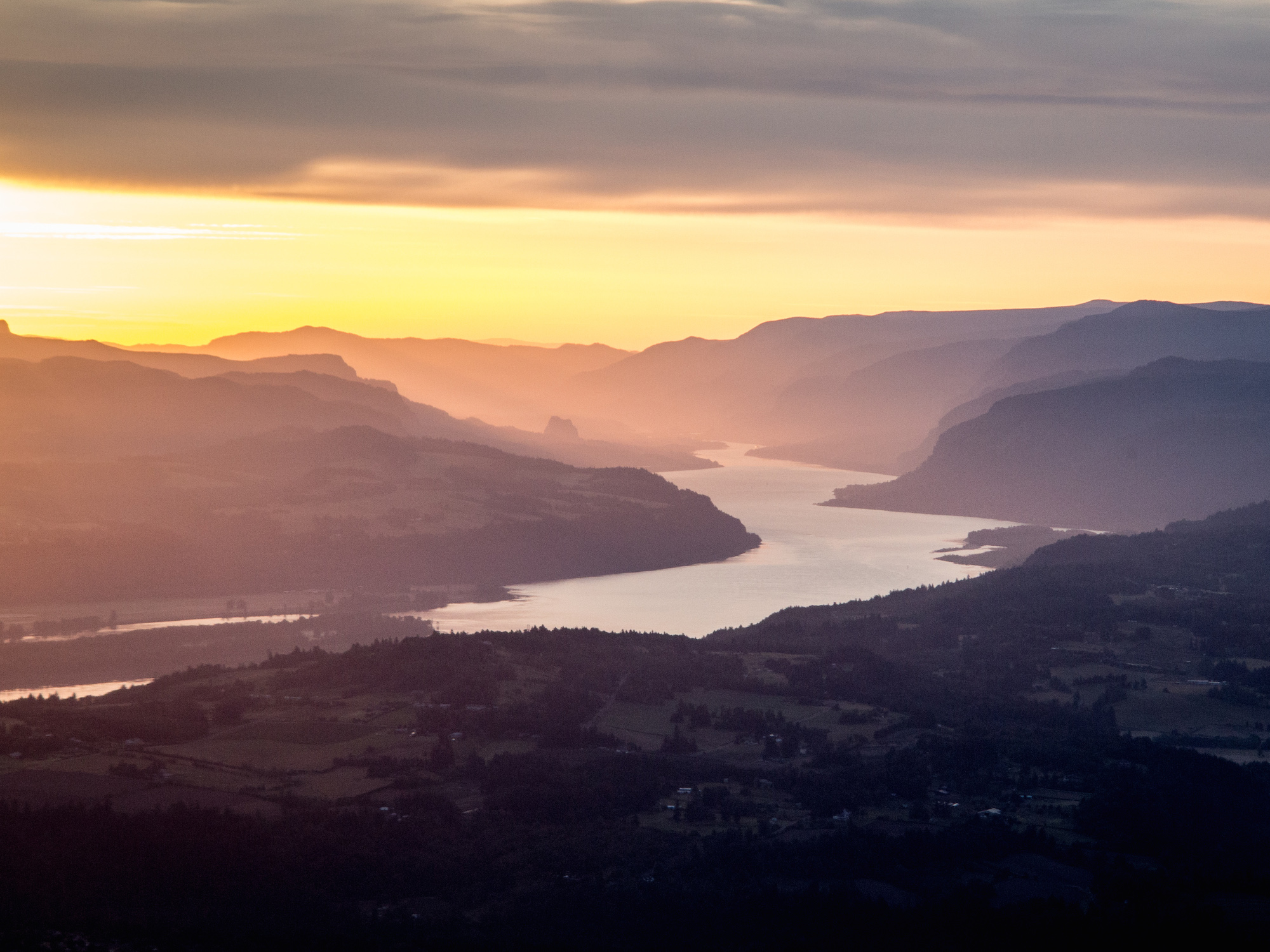 Columbia River Gorge on Summer Solstice, June 23, 2014. © Dennis Dimick