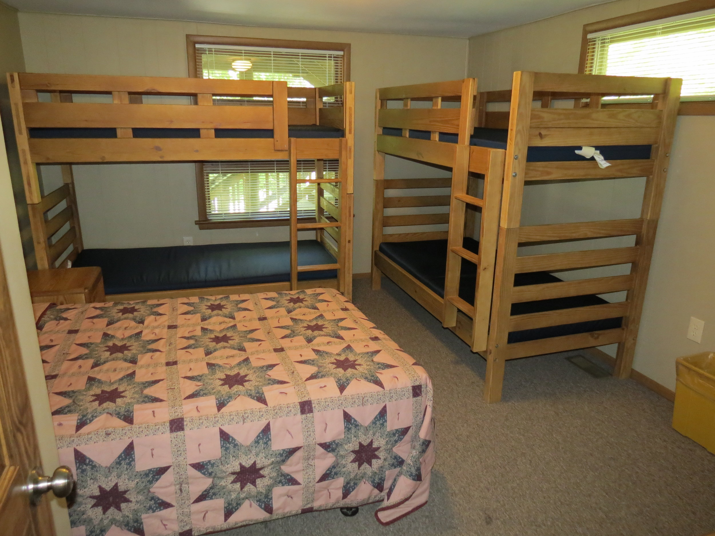 09-26-2014-Spruce-Lodge-Bedrooms-02.JPG