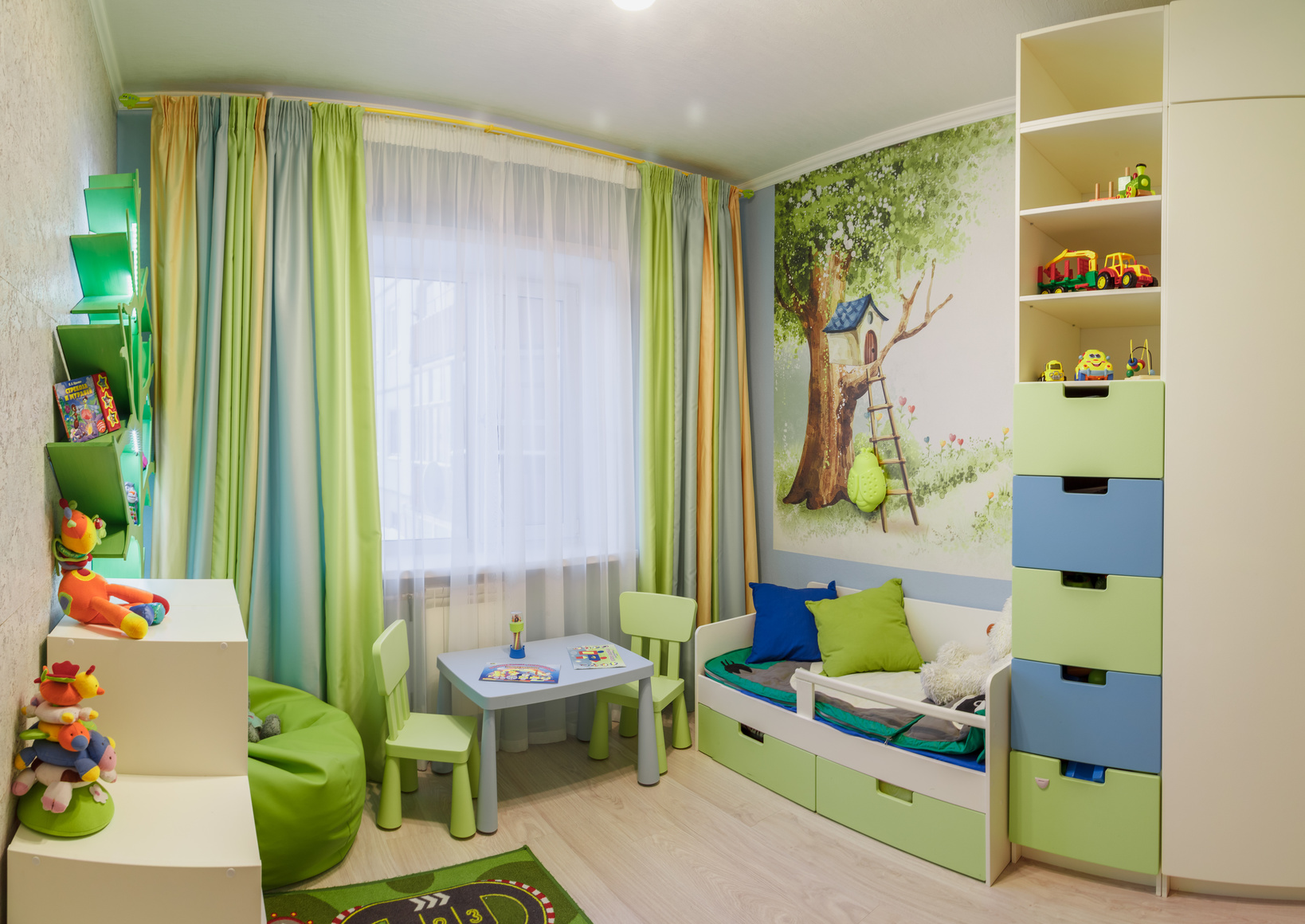 Bedroom decoration idea 2.jpg