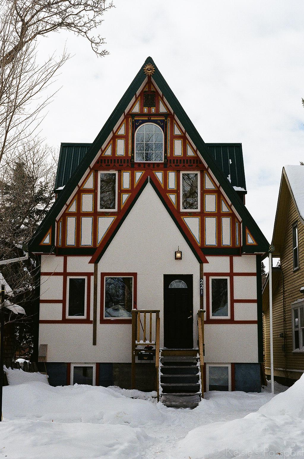 Saskatoon_houses_-16.jpg