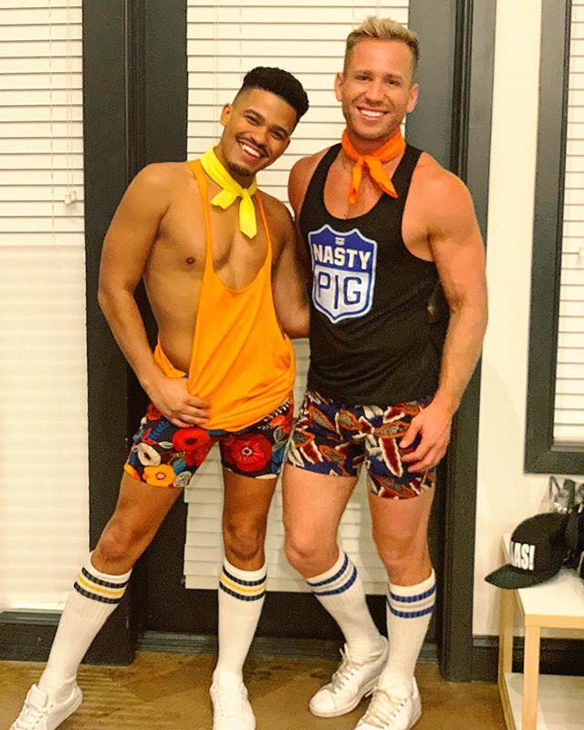 Get you a cousin who's also your best friend 🌟🌟 .... don't we look alike? #cousins #bestfriends #hotlanta • • • • #happy #gay #instagay #atlanta #atlantapride #gaypride #pride #bestfriends #ootd #biracial #sumner #instagood #happy #october #ascot #agt #kinkyboots
