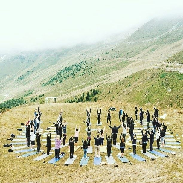 55 corporates on the top of Verbier in a team building exercise