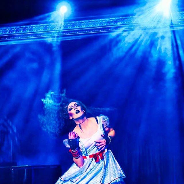 We love our Dorothy @drag.witchbitch! Happy BIRTHDAY darling!! Xo . . . #dragqueen #rupaulsdragrace #wizardofoz #diva #queen #yellowbrickroad #cuttingroom #nyc #bestdrag #theatre #stage #drama #art