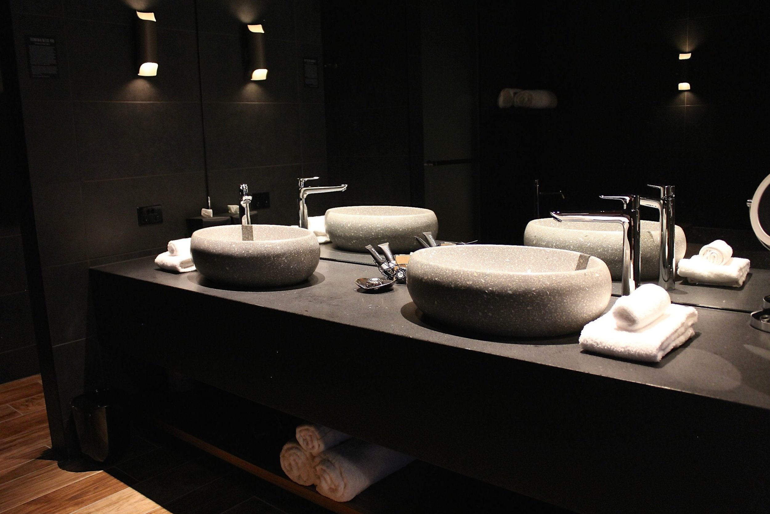 macq01_bathroom
