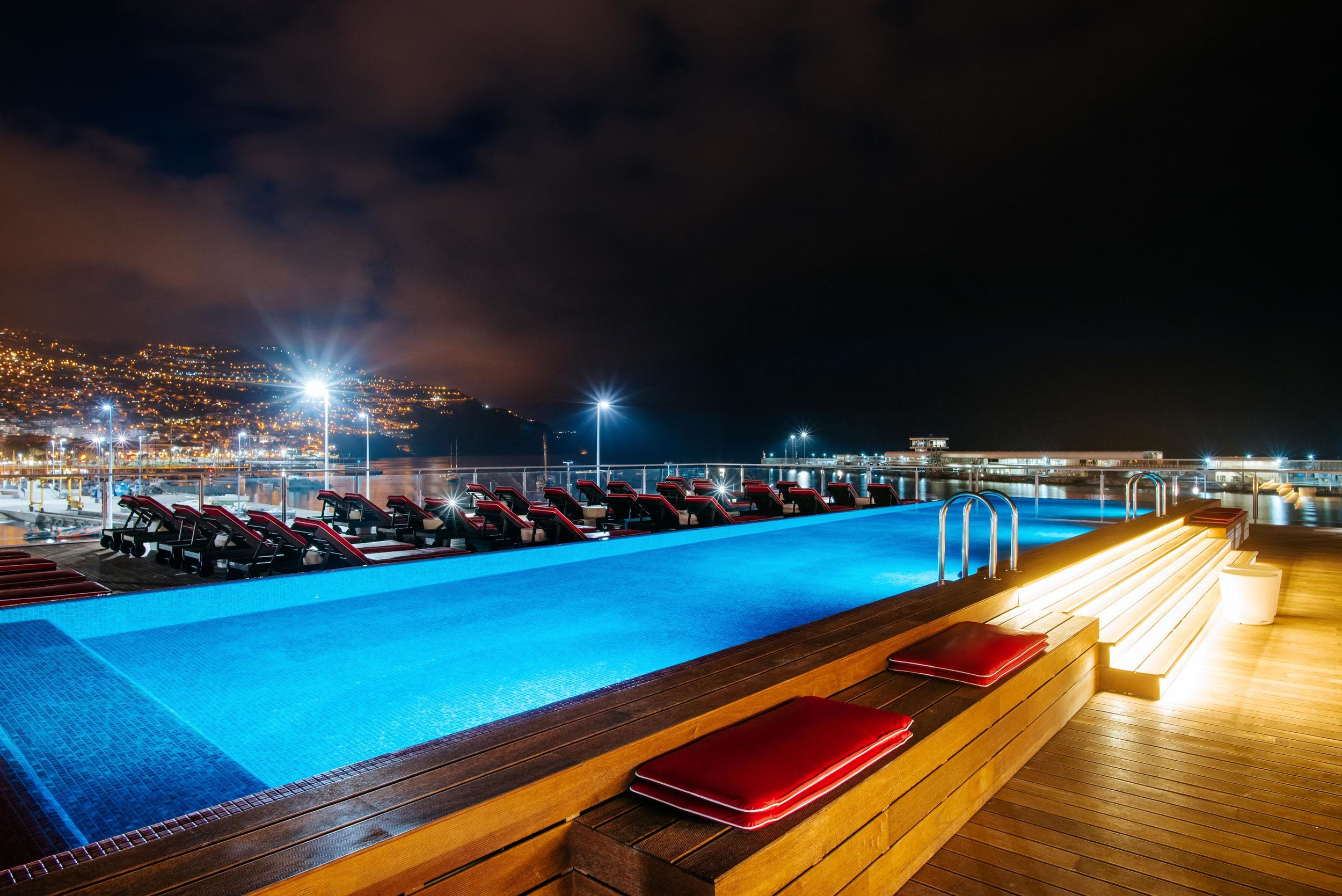 Funchal_Night_Pool.jpg