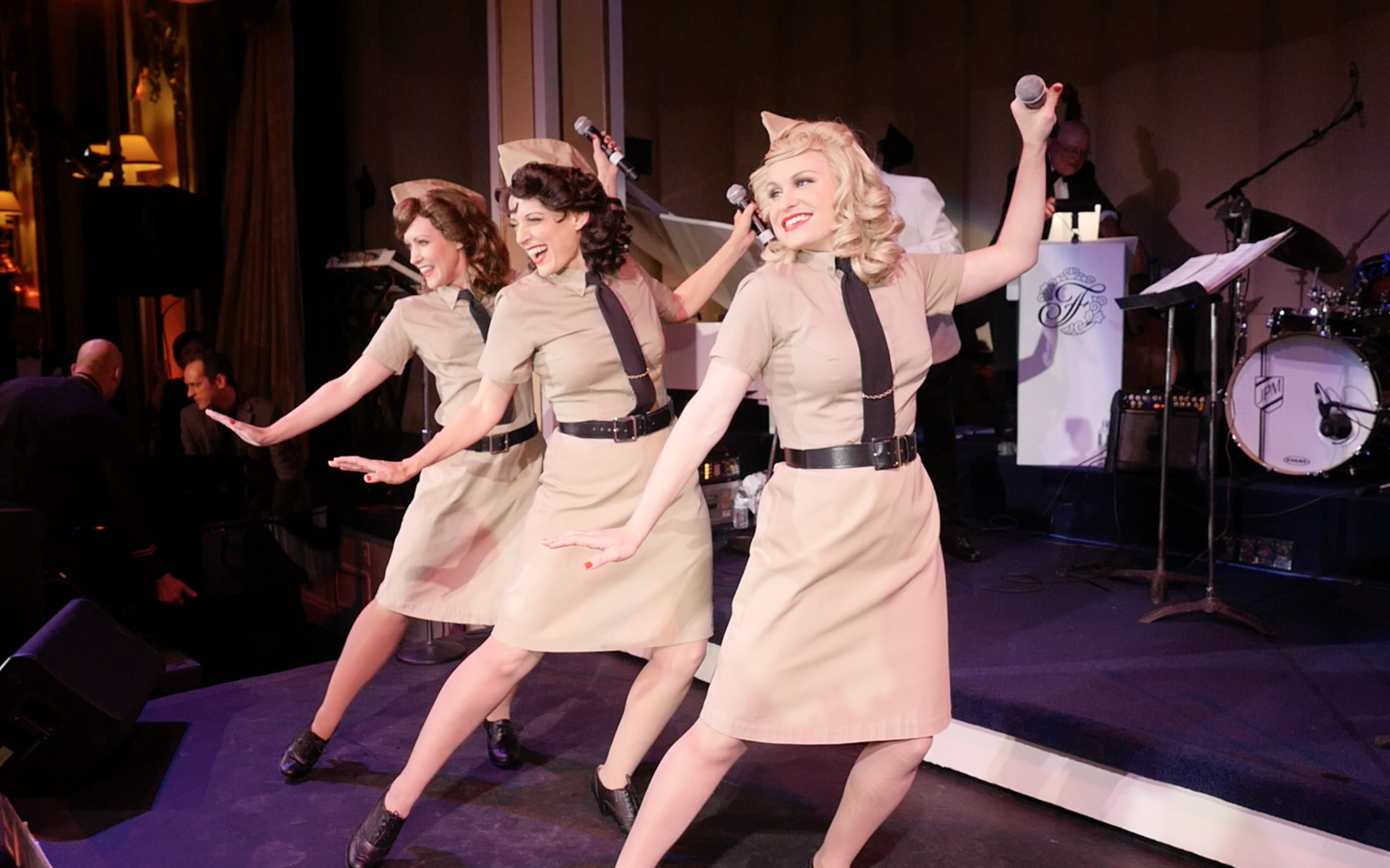 Live Andrews Sisters Tribute Show, Big Band show