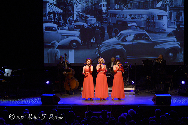 Swing Dolls.322.jpg