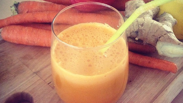CARROT_SMOOTHIE_WEB.jpg