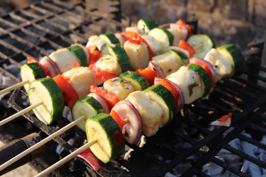 grilled-halloumi-vegetbale-skewers.jpg