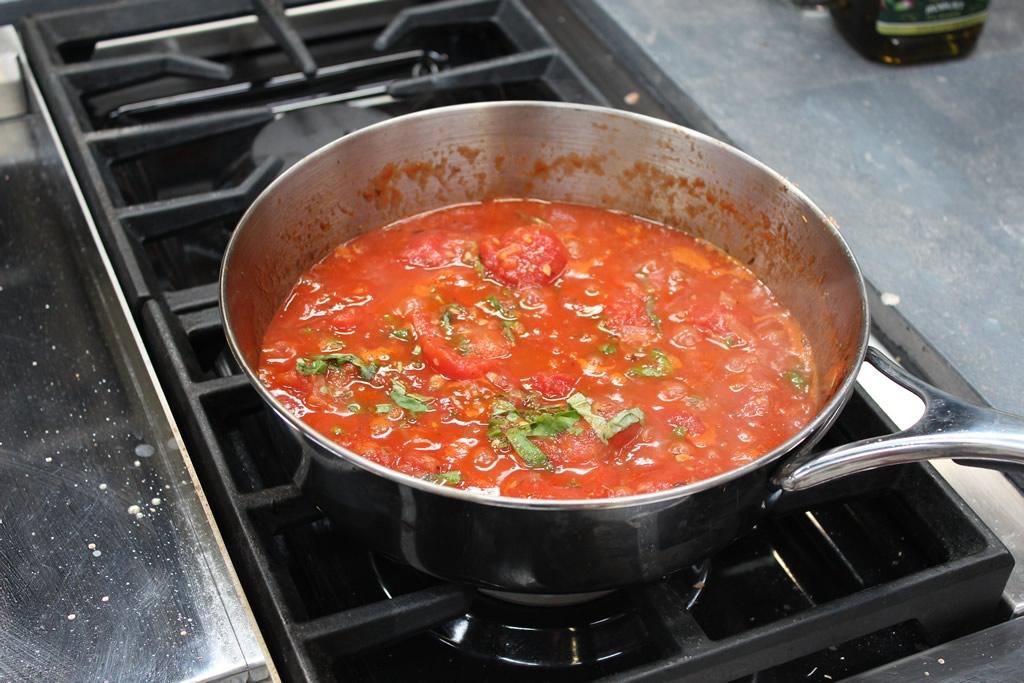 tomatoe-sauce.jpg