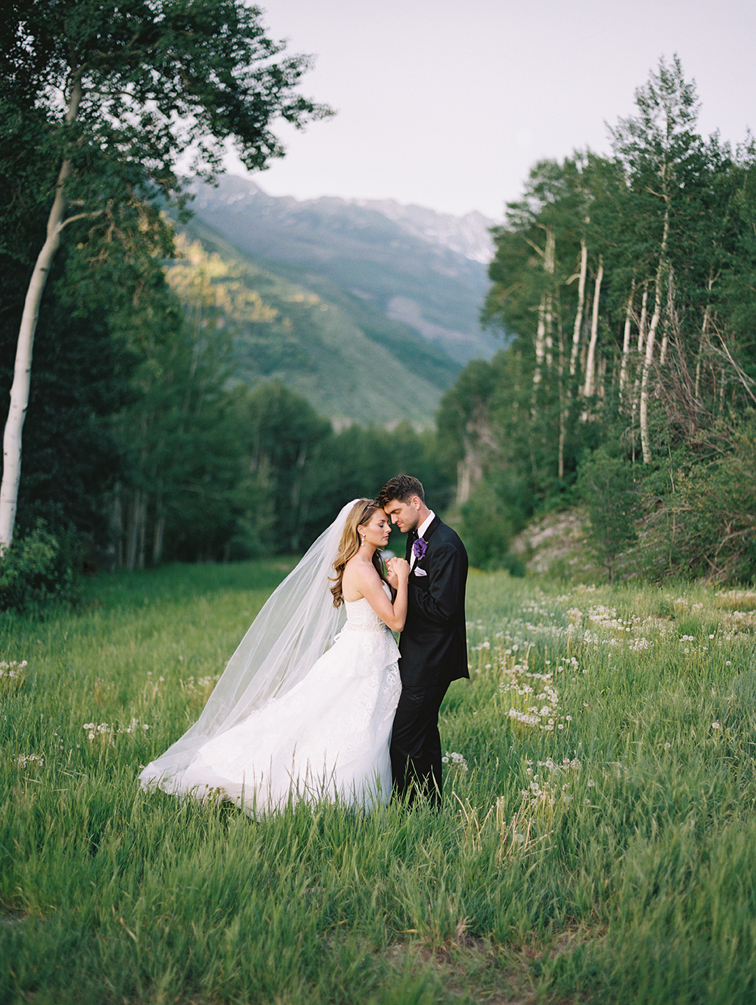 324_Graham+Shannon_Fine_Art_Film_Photography_Wedding_Colorado_.jpg