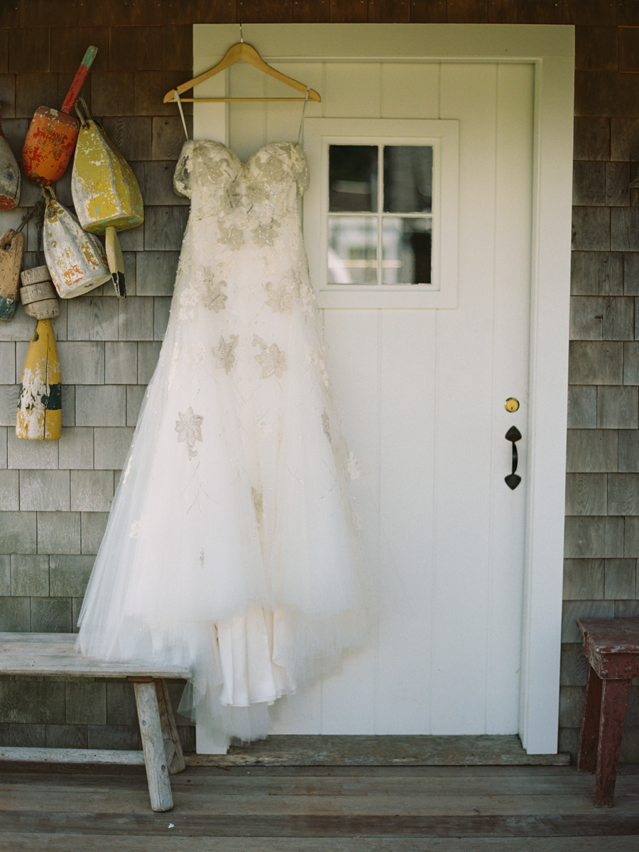 010_Josh+Lindsey_Brumley & Wells_Fine_Art_Film_Photography_Westport_Mass_New_England_Wedding.jpg